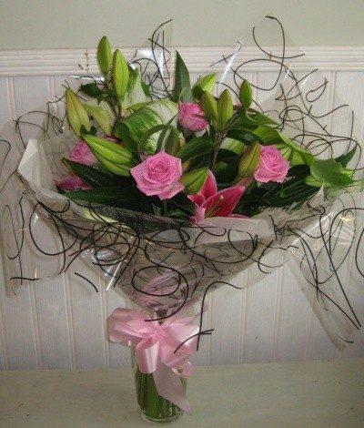 Mixed Aqua Pink Lilies & Roses