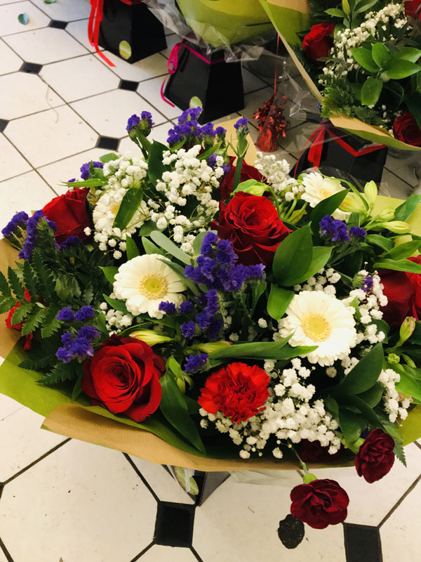 valentines day mixed bunch