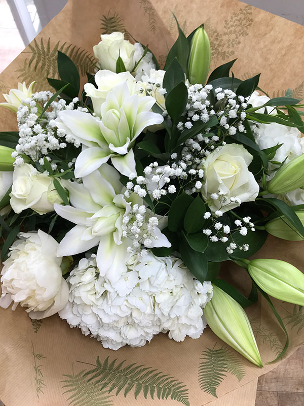 classic bloom bouquet
