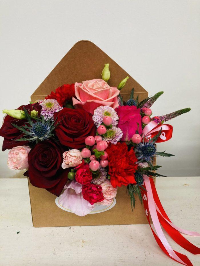 valentine love letter flowers