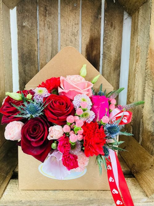 valentine love letter flowers